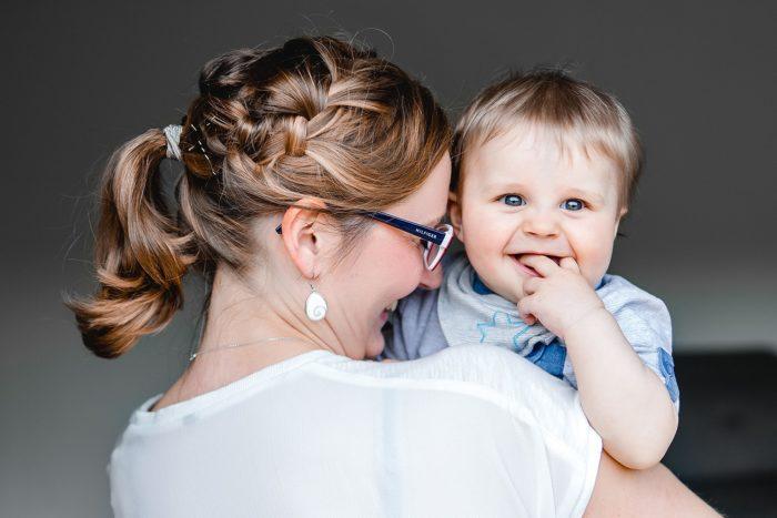 Jessica Mewes Fotograf Shooting Sonneberg Coburg Portrait Kinder Familie Homeshooting Baby