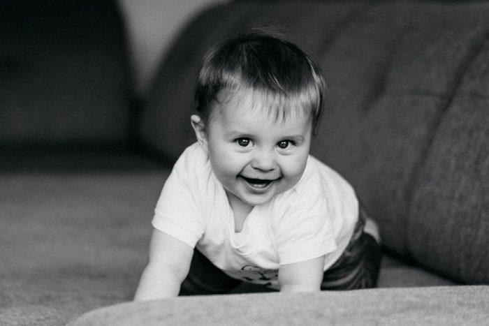 Jessica Mewes Fotograf Shooting Sonneberg Coburg Portrait Kinder Familie Baby Homeshooting