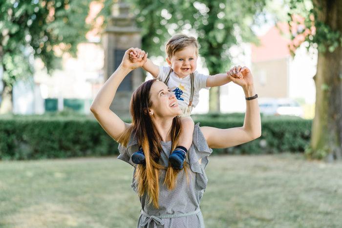 Jessica Mewes Fotograf Shooting Outdoor Sonneberg Coburg Portrait Familie Kinder